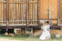 Karina _ Pedro of Outdoor Decor, Photography Poses, Farmhouse, Fiestas, Fotografia