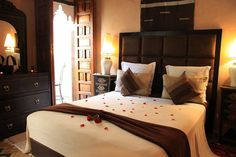 reservation chambre d'hote marrakech Le Riad, Riad Marrakech, Patio, Bed, Furniture, Home Decor, Bedroom, Home, Decoration Home