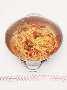 Jamie Oliver's Food Revolution | Classic Spaghetti | goop.com