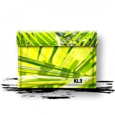 my favorite...  LOVE GREEN  iPad Tasche. Jungle Kiss