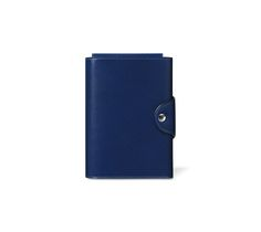 Leather Trifold Notebook PM Hermes leather trifold notebook in sapphire blue Box calfskin, PM size Compartments to organize the essentials: smartphone, Nautilus pen and 2 Grain d'H PM notebooks (not included).