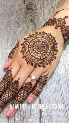 Circle Mehndi Designs, Mehndi Designs Front Hand, Floral Henna Designs, Finger Henna Designs, Latest Bridal Mehndi Designs, Henna Art Designs, Mehndi Designs For Beginners, Unique Mehndi Designs, Mehndi Designs For Fingers