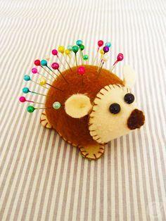 DIY porcupine pincushion Just love him.....