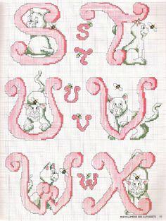 Alfabeto rosa con gatti D