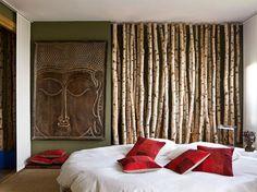 Découvrez sans tarder la déco de cet appartement. Le propriétaire a choisi de décorer son intérieur avec un style ethnique, un choix très tendance.