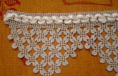 This Pin was discovered by Neş Crochet Lace Edging, Crochet Borders, Crochet Art, Crochet Squares, Crochet Gifts, Filet Crochet, Crochet Doilies, Lace Knitting, Knitting Patterns Free