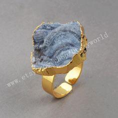 Wholesale 3&5Pcs Gold Plated Boho Rustic Natural Brazilian Galaxy Quartz Ring Raw Galaxy Druzy Chalcedony Ring Freeform Quartz Jewelry G0458 by Druzyworld on Etsy