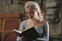 On 'Once Upon A Time,' 'Frozen' Princess Elsa