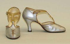 1925 Culture: European, Eastern Medium: leather