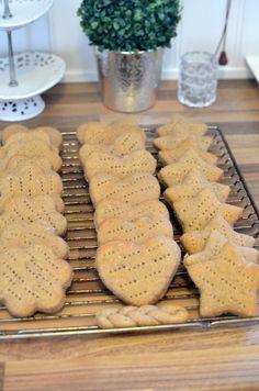 Som er nydelige på smak og veldig barnevennlige! :) I dag har jeg fått kost meg på kjøkkenet med...
