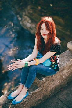 Gorgeous red hair! ♡ (Jane Aldridge from Sea of Shoes)