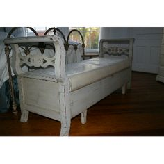 gustavian trundle bench