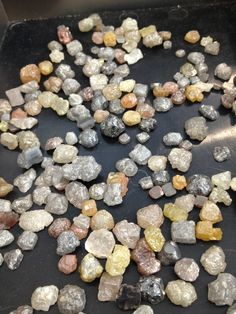 Rough diamonds - a staple of Todd Reed jewelry design & Empowerment Mineral Designs (always conflict free) Minerals And Gemstones, Crystals Minerals, Rocks And Minerals, Stones And Crystals, Gem Diamonds, Colored Diamonds, Cool Rocks, Rocks And Gems, Rough Diamond