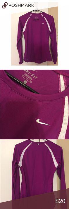 Nike Dri-Fit Long Sleeve Top Loose fitting Nike Tops