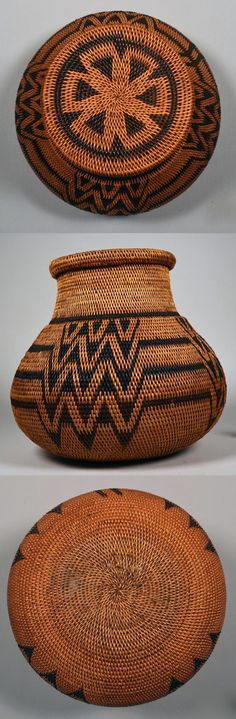 Africa | Basket with lid from Zambia | Natural fiber / raffia | ca. 1908