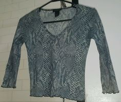 Very good preowned condition. May have a couple of loose threads. Measures about long and across bust. Animal Print Crop Tops, Save The Queen, Blue Grey, Online Price, Couple, Blazer, Retro, Best Deals, Sweaters