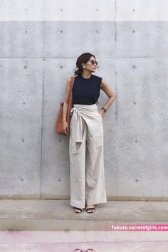 Source by outfits effortlessly Effortlessly Chic Outfits, Casual Chic Outfits, Chic Summer Outfits, Casual Chic Summer, Fashionable Outfits, Outfit Summer, Casual Jeans, Summer Shorts, Suit Fashion