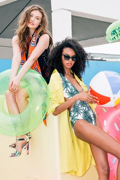 The Grown-Up's Guide To Pool-Party Style #refinery29