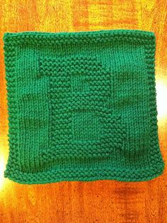 Need to knit an E & an N + extra squares then crochet together as a blanket