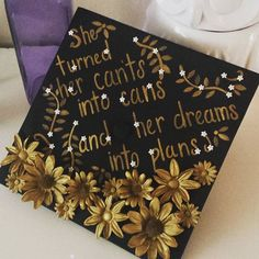 This is so cool, beautiful black and gold! from @lizzymapes