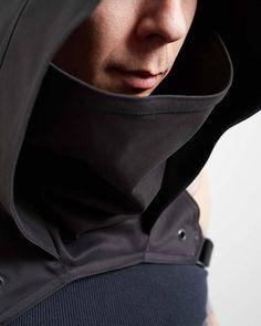 Crisiswear Rogue Gugel Kapuze verstellbar Cyberpunk Stil