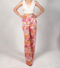 Pantolonumuz 5999 TL www.agathree.com adresinden yada DM den sipariş verebilirsiniz  #agathree #ankara #butik #moda #indirim #kampanya #gununkombini #pantolon #yüksekbel #kredikartı