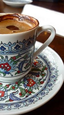 Link goes to an Italian blog, and it's to highlight the Turkish coffee in the cup. I just really like the pattern on the cup and saucer.