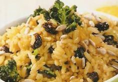 -1 Cucharada de aceite  -1 Cucharada de mantequilla  -2 Tazas de arroz  -2 Tazas de agua  -2 Tazas de jugo de naranja  -1 Cucharadita de sal  -1 Cucharadita de azucar  -1/4 Taza de uvas pasas  -1 Cucharada de ralladura de càscara de naranja Rice Dishes, Veggie Dishes, Veggie Recipes, Fall Recipes, Cooking Recipes, Healthy Recipes, Slow Food, Costa Rican Food, Avocado Pasta
