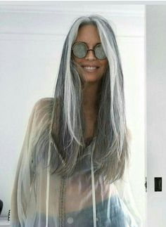 Salt and pepper gray hair. Aging and going gray gracefully. Long Gray Hair, Grey Wig, Silver Grey Hair, White Hair, Dark Hair, Pelo Color Plata, Silver Haired Beauties, Corte Y Color, Cool Hairstyles