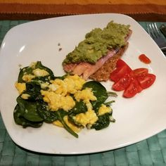 Ever since switching to a healthy lifestyle breakfast has become my favourite meal of the day; I love getting up and preparing something different every day and it has made a real difference to my energy levels. Having a protein based breakfast instead of carbs based speeds up tour metabolism for the rest of the day as well as keeping you fuller for longer. So this morning scrambled eggs with spinach smoked trout on rye cracker topped with mashed avo and some cherry tomatoes. delizioso…
