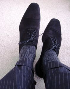Never considered black suede shoes but they look pretty dope. Might invest in a pair.