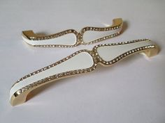 5 Glass Dresser Pull Crystal Drawer Pulls White Gold French Kitchen Cabinet Door Handles by LynnsGraceland, $8.00