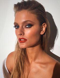 maquiagem glossy para ocasiões de festa
