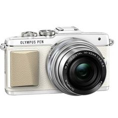 Olympus PEN E-PL7 Compact System Camera in White + 14-42mm EZ Lens