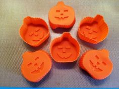 Silicone baking molds come in all shapes and sizes to create the perfect result for any occasion. Pictured, is my daughter's set of Halloween pumpkin cupcake molds - get more ideas and tips on using #silicone #bakeware here