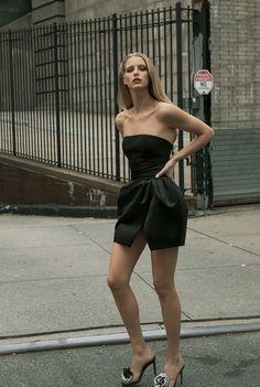 Alexandre Vauthier, Vogue India, Vogue Russia, Fashion News, Runway Fashion, Fashion Trends, Vogue Paris, Fashion Week Schedule, Fashion Show Collection