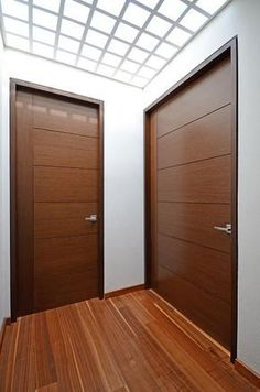 Christmas 2019 : Wooden doors in different styles Modern Wooden Doors, Internal Wooden Doors, Wood Front Doors, Wooden Door Design, The Doors, Modern Door, Oak Interior Doors, Door Design Interior, Modern Interior