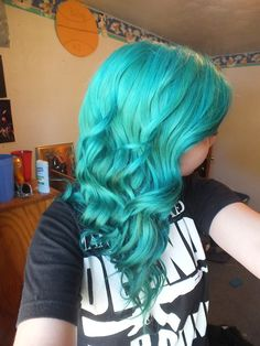 Manic panic voodoo blue semipermanent hair dye. Want to dip dye this color
