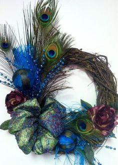 Peacock Wreath - Click image to find more DIY & Crafts Pinterest pins