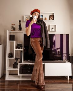70s fashion look velour look Flared Pants Nasty Gal Top zara Boots nasty gal Fashion trends 2021 Winter outfits 2021 #fbloggerstyle #fashionstylingtips #70slook #70sinspired #70sfashion #velourtracksuit #fashiontrends2021 70s Fashion, Fashion Looks, Fashion Outfits, Womens Fashion, Fashion Tips, Fashion Trends, Zara Boots, Flare Pants, Nasty Gal