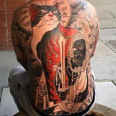 Do you like this tattoo? Japanese Tattoo Art, Japanese Art, Bodies, Big House Cats, Japan Tattoo, Oriental Tattoo, Body Tattoos, Tatoos, Back Pieces