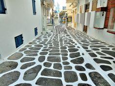 Top 10 Alleys-Mykonos-Photo by ANWAR ABDULLAH