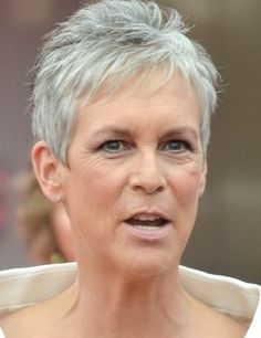 Hairstyles for short gray hair