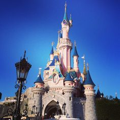 The castle at DLP Disneyland Paris, Barcelona Cathedral, Notre Dame, Castle, Travel, Viajes, Castles, Destinations, Traveling
