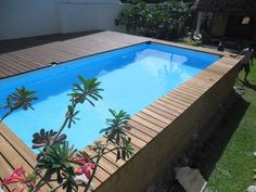 Ordinary above ground swimming pools marvellous rectangle for Above ground pool decks las vegas