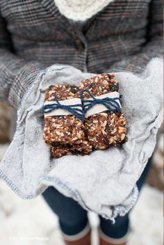 South Dakota Food Blueberry Cacao Energy Bars     Wholesome Magazine #wholesomesd #southdakota
