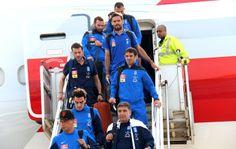 Seleção da Grécia desembarca em São Paulo, de onde seguirá para Aracaju (Foto: Vinicius Fonseca)