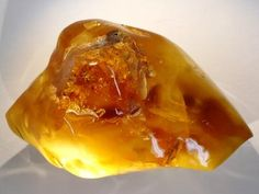 Amber is a powerful healer and cleanser of the body, mind and spirit.Amber draws disease from the body, healing and renewing the nervous system and balancing the right and left parts of the brain.  It absorbs pain and negative energy, helping to alleviate stress. Amber opens the throat centre, treating goiters and other throat problems.  It also treats stomach, spleen, kidneys, bladder, liver and gallbladder.  Amber strengthens the mucus membranes and alleviates joint problems.