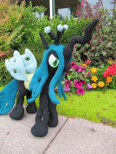 Queen Chrysalis Pattern My Little Pony por NerdyKnitterDesigns