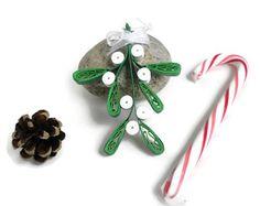 Mistletoe - Christmas mistletoe - Quilling ornament - Christmas ornament - Christmas decoration - Paper quilling ornament - Mistletoe decor